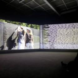 Vue de l'exposition Terre Natale, Ailleurs commence ici