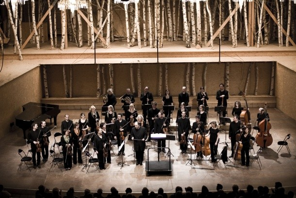 L'Orchestre des Pays de Savoie sur la scène de la Grange au Lac
